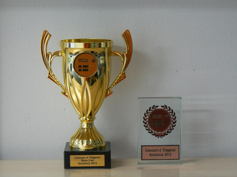 Maria vinner första pris på Knutstorp för bästa bil i Z-klassen.